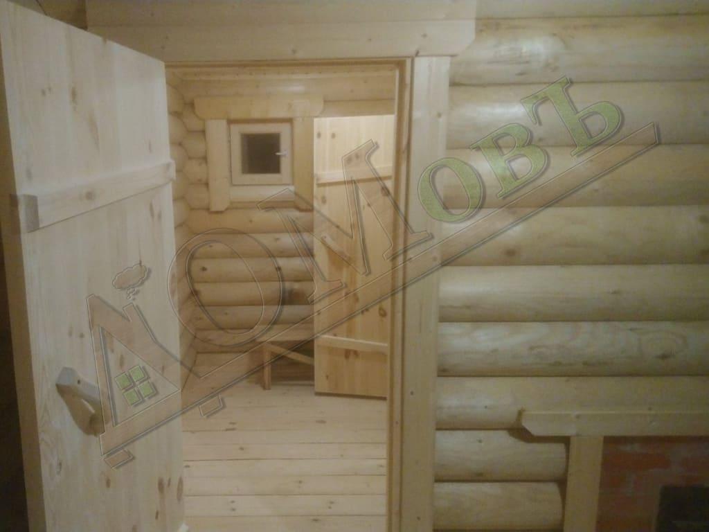Интерьер бани из оцилиндрованного бревна 4х5 с террасой 1,5х5 - фотография 5