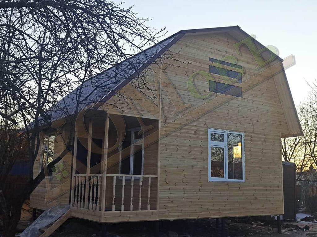Фотография каркасного дома 5х6 с мансардой 4х6 с террасой и верандой 1,5х3 - внешний вид, ракурс 1
